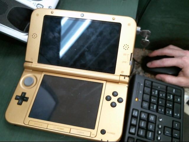 NINTENDO Nintendo 3DS Handhelds 3DS XL - HANDHELD - HYRULE EDITION