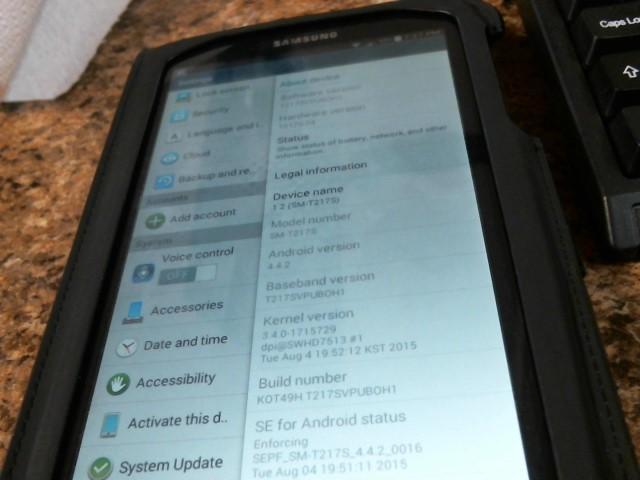 SAMSUNG Tablet SM-T217S