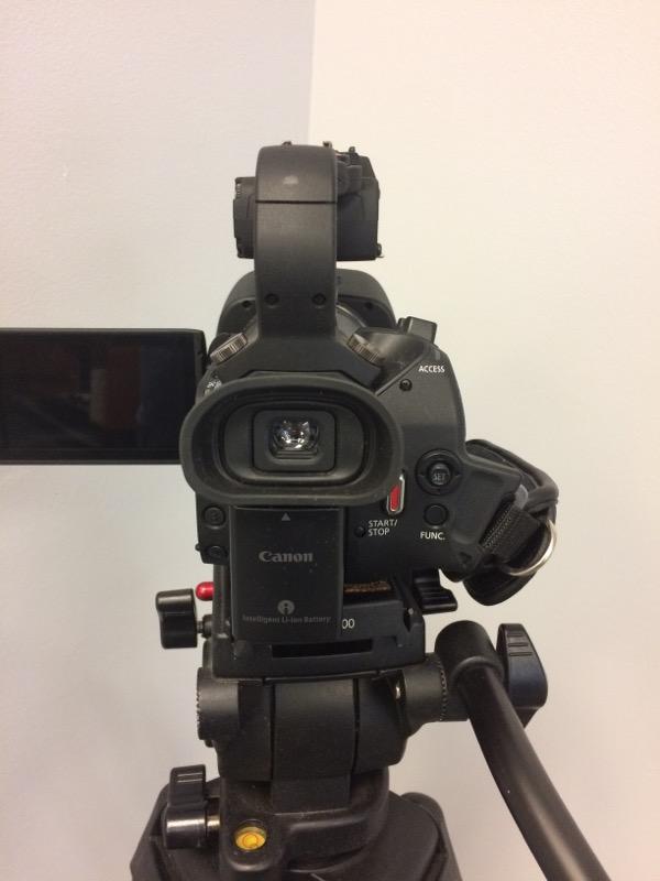 CANON Digital Camera XA25