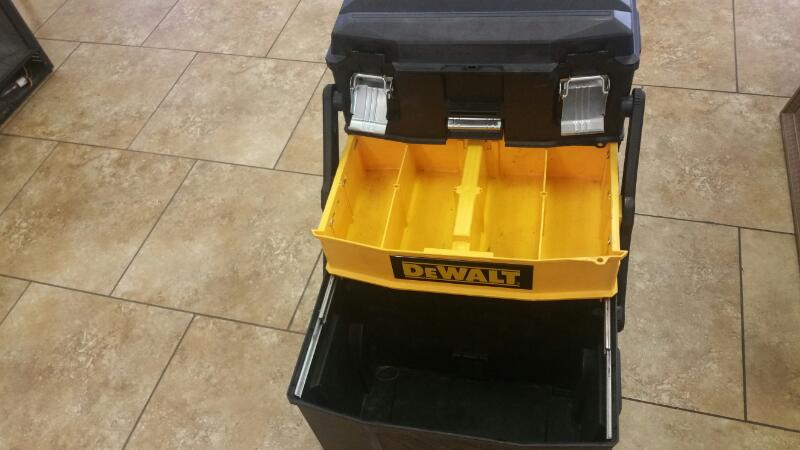 DEWALT Tool Box ROLLING WHEEL PORTABLE TOOLBOX