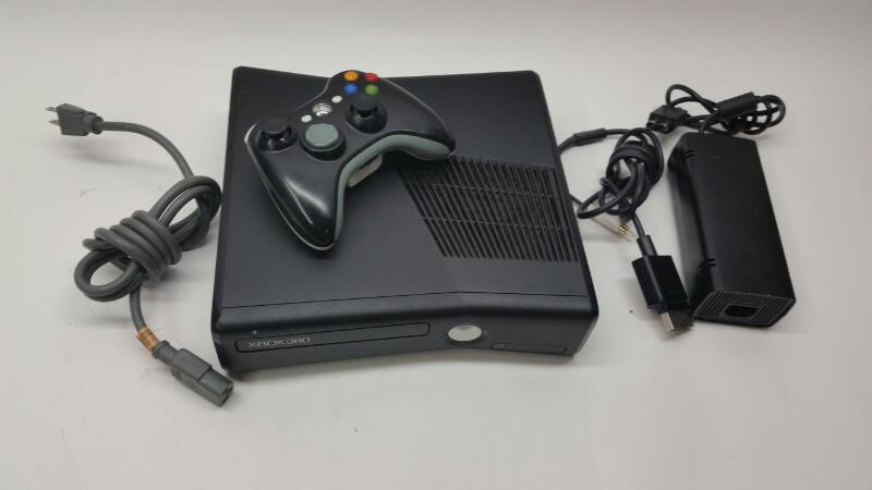 Microsoft Xbox 360 Slim - 250 gb - Console