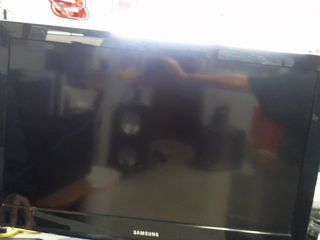 SAMSUNG Flat Panel Television LN32D403E2D