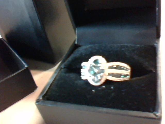 Lady's Gold Ring 14K White Gold 5g