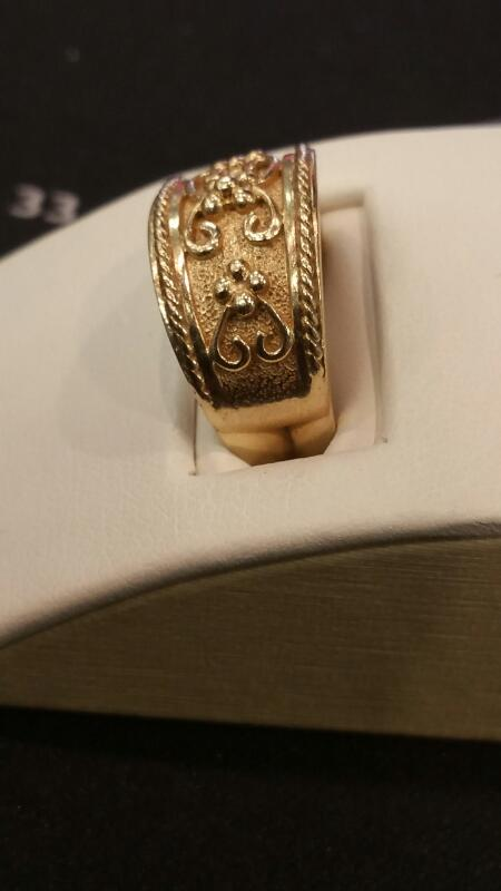 Lady's Gold Ring 10K Yellow Gold 3dwt Size:7