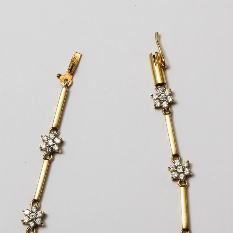 14K Yellow Gold Cubic Zirconia Flower Bracelet