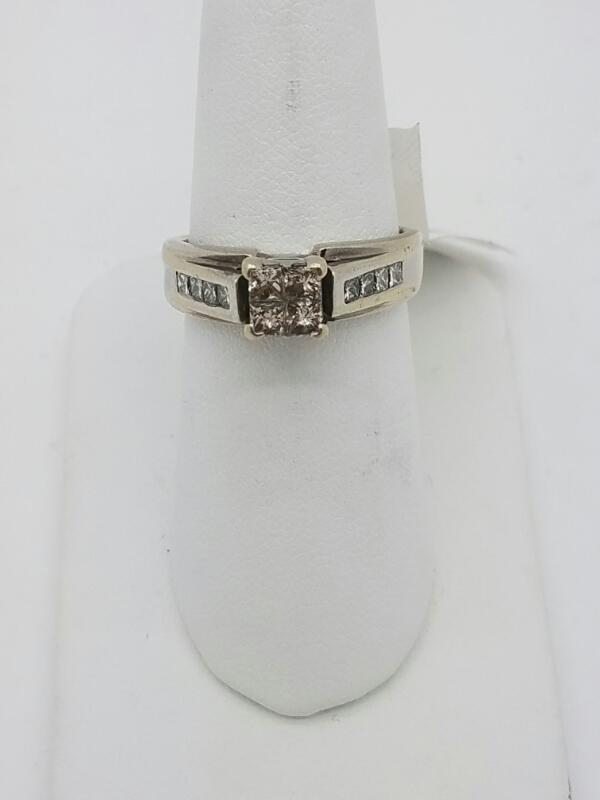 L'S 14KT Lady's Diamond Solitaire Ring DIAMOND 12 Diamonds 1.40 Carat T.W.