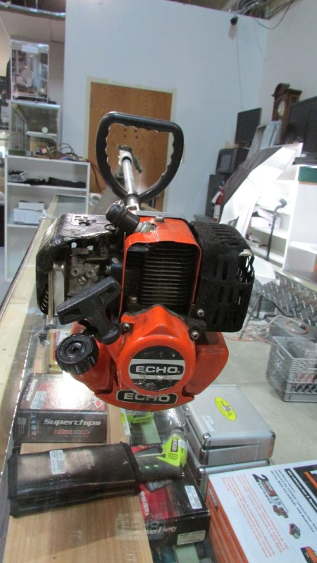 ECHO LAWN TRIMMER  GT-200BE