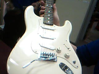 FENDER Electric Guitar SQUIER STRATOCASTER (MADE IN CHINA)
