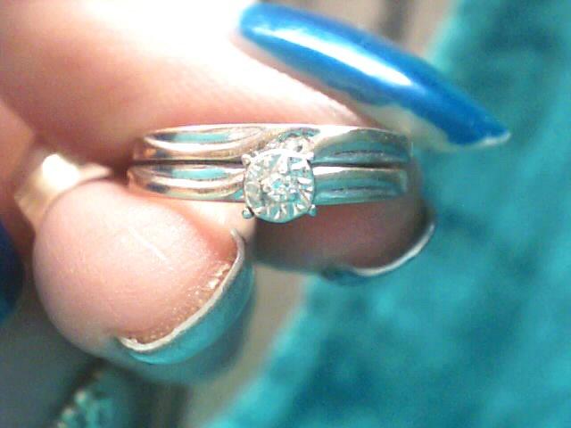 Lady's Diamond Wedding Set .005 CT. 10K Yellow Gold 1.4dwt