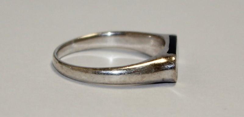 Onyx Silver Stone Ring 925 Silver 3.28g
