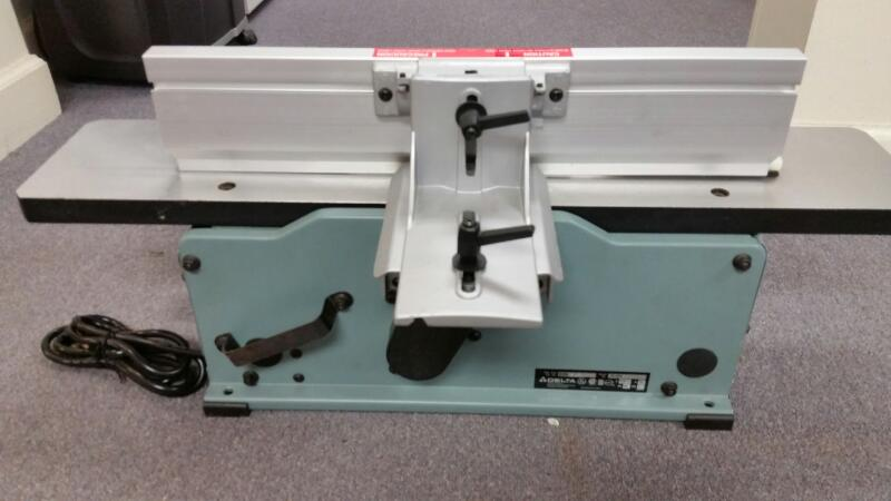 DELTA BENCH JOINER 37-070, 6 INCH VARIABLE SPEED