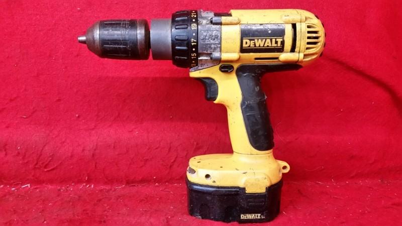 Dewalt DW983 14.4v Cordless Drill - No Charger