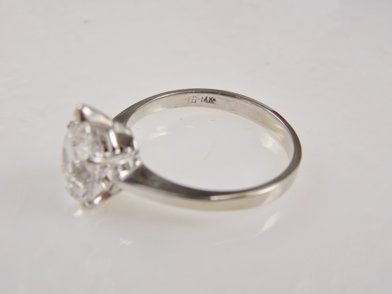 PEAR SHAPED CUBIC ZIRCONIA SOLITAIRE 14KWG 2.5G SZ.7
