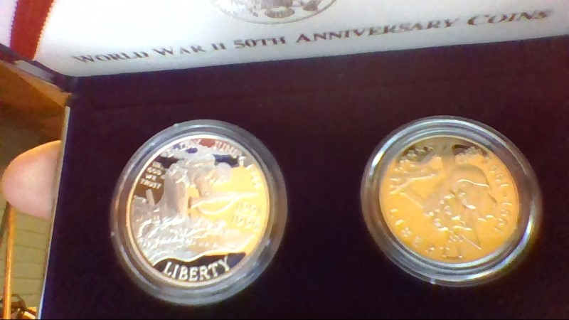 UNITED STATES Mint Set WORLD WAR II 50TH ANNIVERSARY 2PC SET