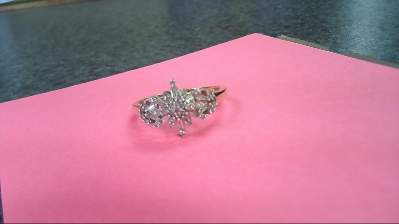 LADY'S DIAMOND 14K RING 36 Diamonds approx. 1.02 Carat T.W. 14K Yellow Gold 2g