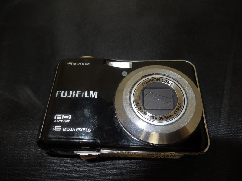 FUJIFILM Digital Camera FINEPIX AX560