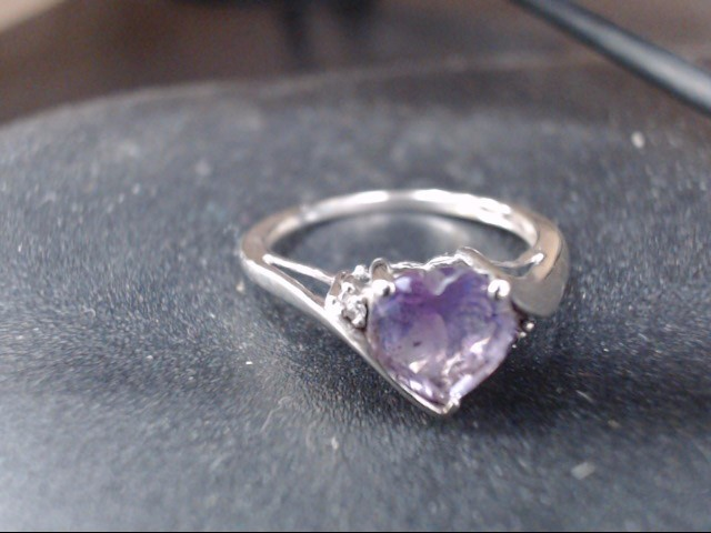 Synthetic Amethyst Lady's Stone Ring 10K White Gold 1.8g