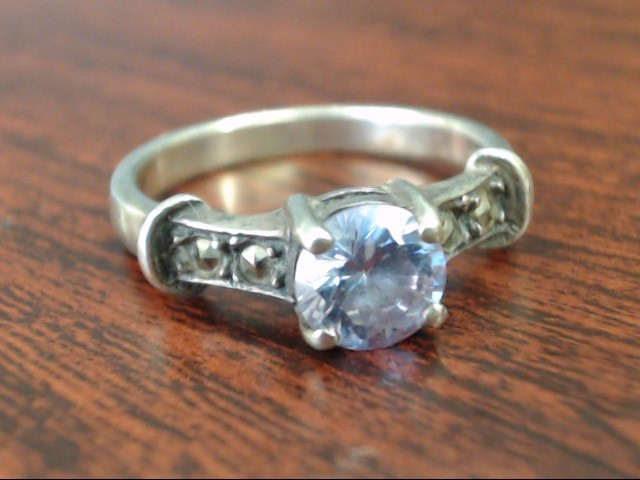 Lady's Silver Ring 925 Silver 2.8g Size:6.5