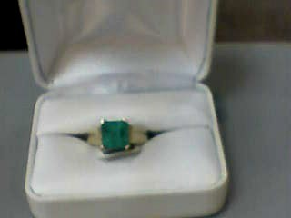 Emerald Lady's Stone Ring 14K Yellow Gold 3.6dwt Size:7.7