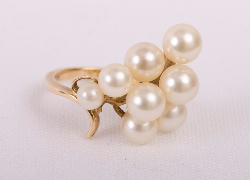 Pearl Lady's Stone Ring 14K Yellow Gold 3.8g