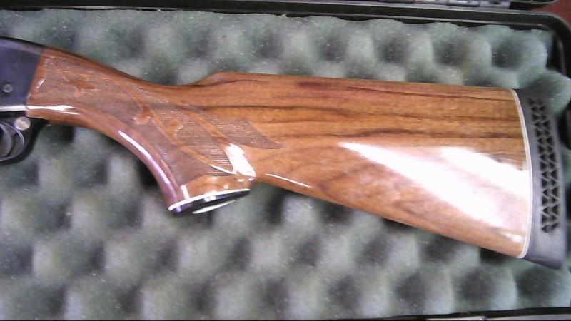 REMINGTON Shotgun 1100