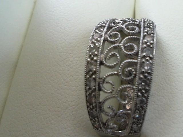 Lady's Diamond Fashion Ring Size #7 22 Diamonds .22 Carat T.W. 14K White Gold 4g