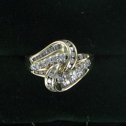 Lady's Diamond Fashion Ring 50 Diamonds 1.06 Carat T.W. 10K Yellow Gold 4.3dwt