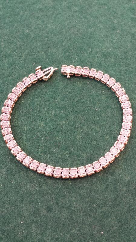 Gold-Diamond Bracelet 46 Diamonds 4.60 Carat T.W. 14K Yellow Gold 9.1g
