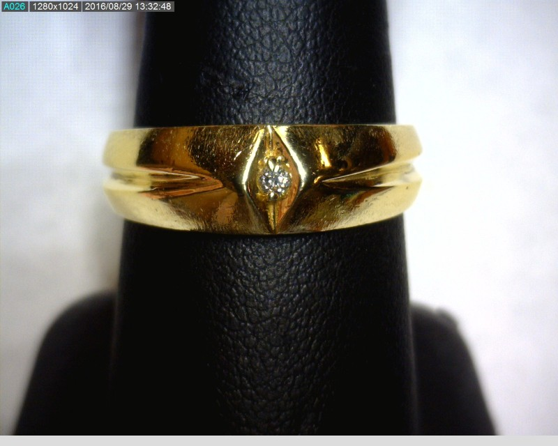 Gent's Diamond Solitaire Ring .03 CT. 14K Yellow Gold 4.2dwt Size:9.2