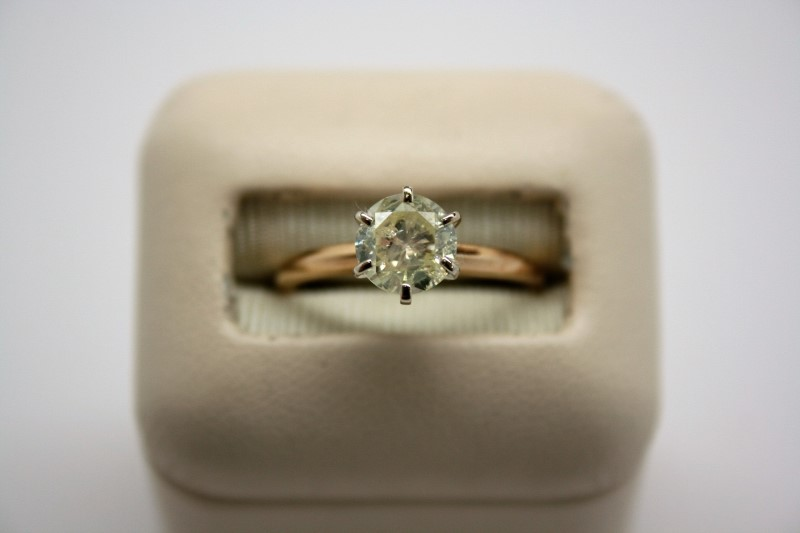 DIAMOND Lady's Diamond Solitaire Ring 1.13 CT. 14K Yellow Gold 2.4g Size:6.5
