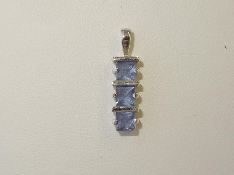 Synthetic Tanzanite Silver-Stone Pendant 925 Silver 1.6g