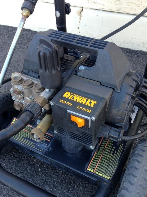 DEWALT Pressure Washer DXPW1200E