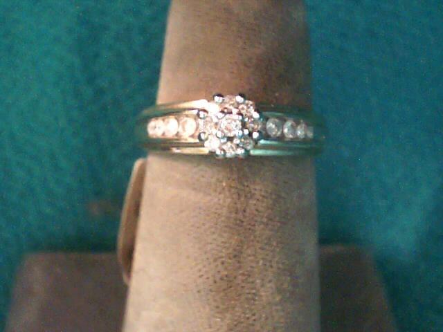 Lady's Diamond Fashion Ring 16 Diamonds .30 Carat T.W. 10K Yellow Gold 2.4dwt