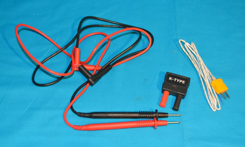Southwire 11050N Auto-Ranging Multimeter Min/Max CAT III Tool