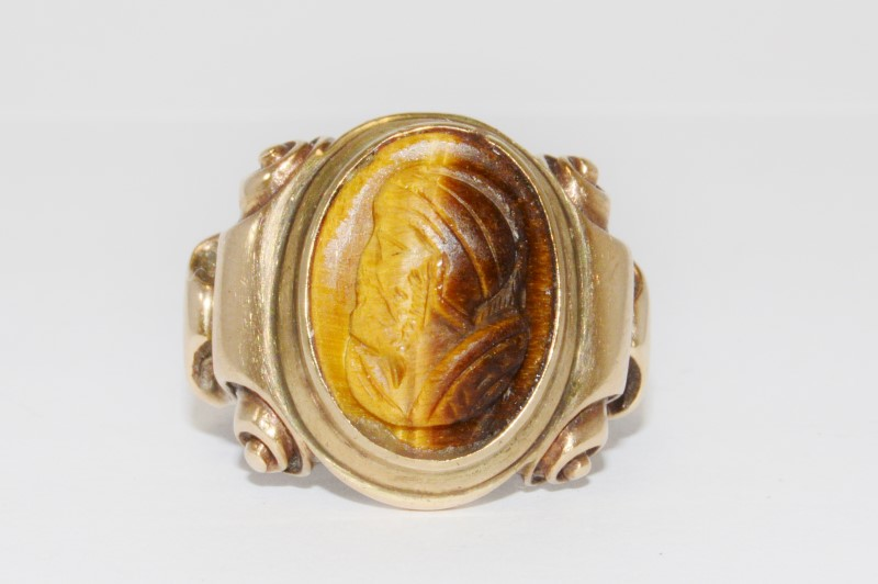 10K YELLOW GOLD MEN'S VINTAGE INSPIRED TIGER EYE CAMEO SCROLL RING SIZE 9.5