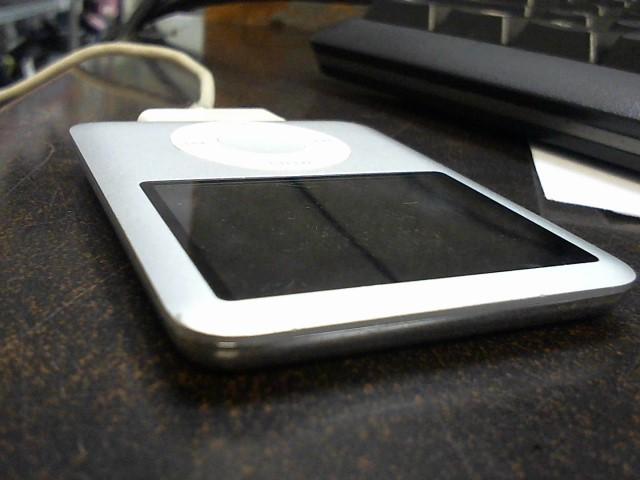 APPLE IPOD IPOD A1236 - 8GB