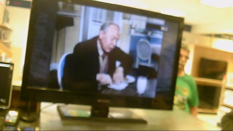 """EMERSON TV 32"""" LC320EM2 (NO REMOTE)"""