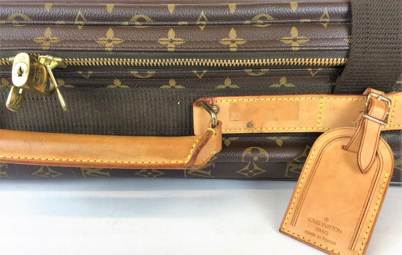 LOUIS VUITTON MONOGRAM CANVAS SATELLITE 70 SOFT SUITCASE