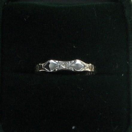 Lady's Diamond Fashion Ring .01 CT. 14K Yellow Gold 0.6dwt