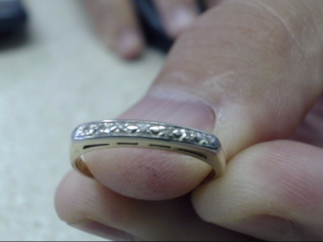 Lady's Gold-Diamond Anniversary Ring 7 Diamonds .07 Carat T.W. 14K Yellow Gold