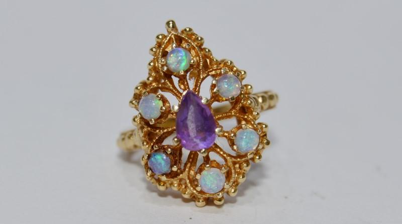 14K Yellow Gold Vintage Inspired Opal & Amethyst Milgrain Shield Ring sz 4