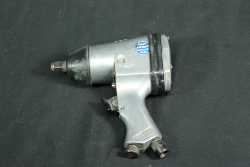 Harbor Freight Air Impact Wrench 1/2''
