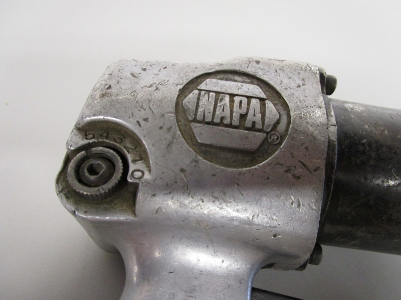 "NAPA PNEUMATIC AIR 1/2"" IMPACT WRENCH"