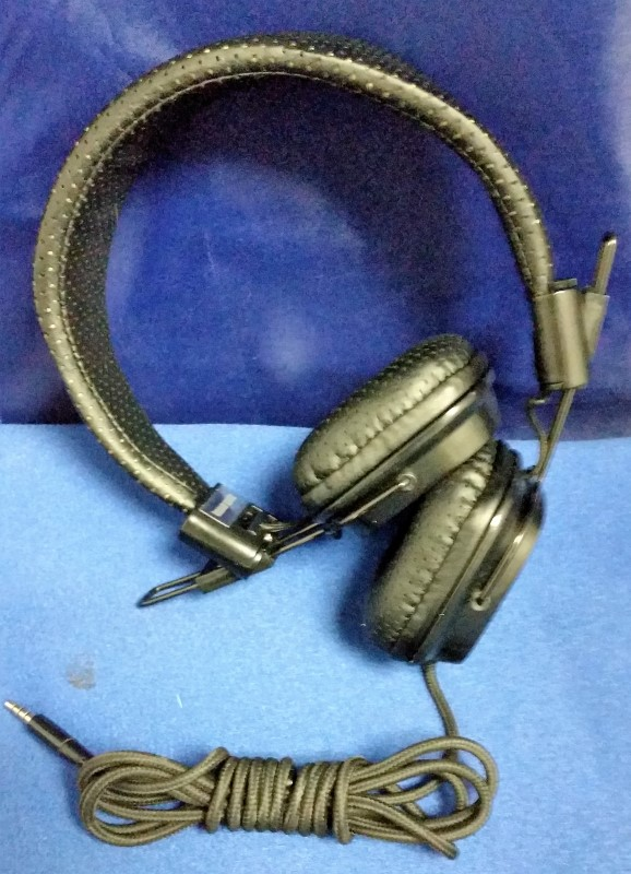 URBAN BEATZ HEADPHONES M-HM810