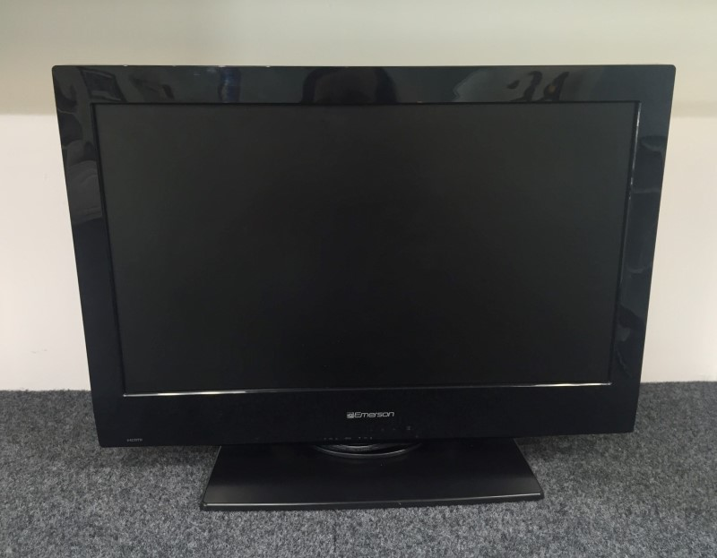 """Emerson 26"""" Flat Panel 720p LCD 60Hz HDTV Television Model Number LC260EM2"""