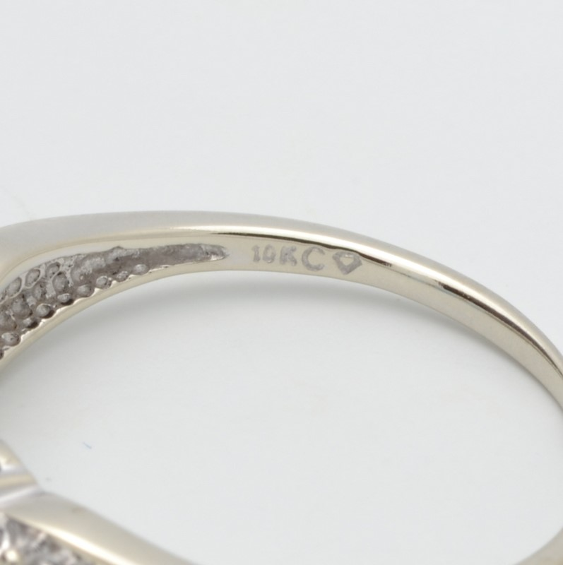 ESTATE 3 BLUE TOPAZ DIAMOND RING SOLID 10K WHITE GOLD OVAL SIZE 7.25