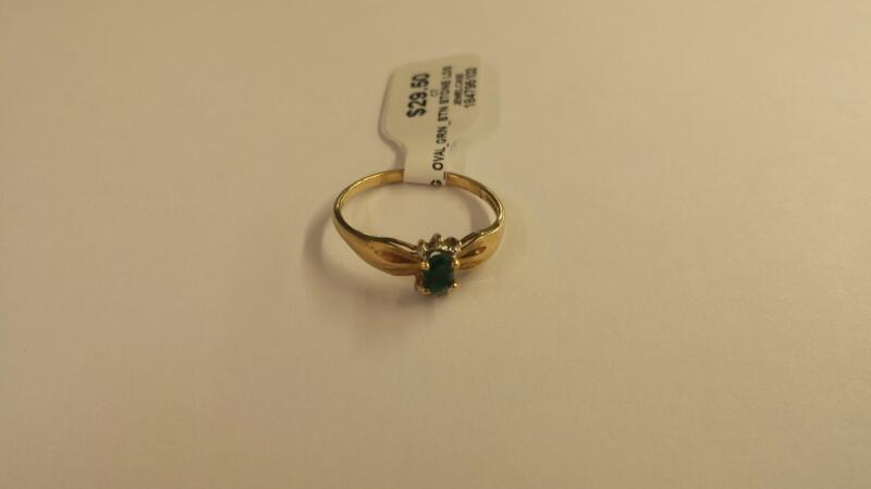 10K_Y/G_OVAL_GRN_STN Green Stone Lady's Stone & Diamond Ring