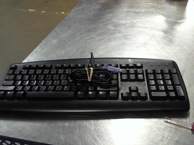 LOGITECH Keyboards/MIDI Equipment KEYBOARD