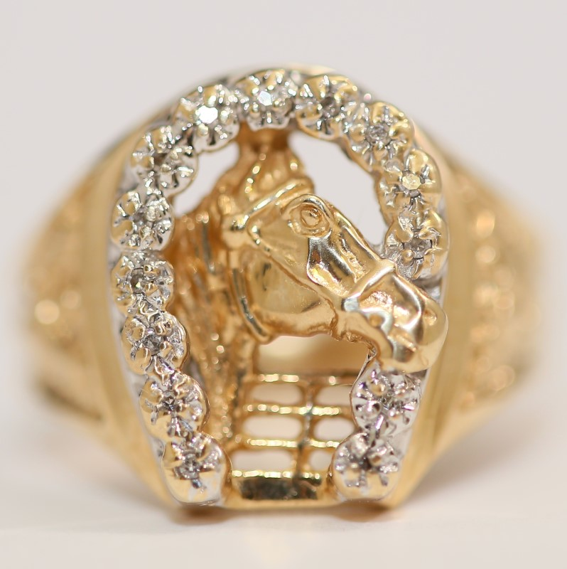 14K Yellow Gold Horse and Diamond Horseshoe Ring Size 9.75