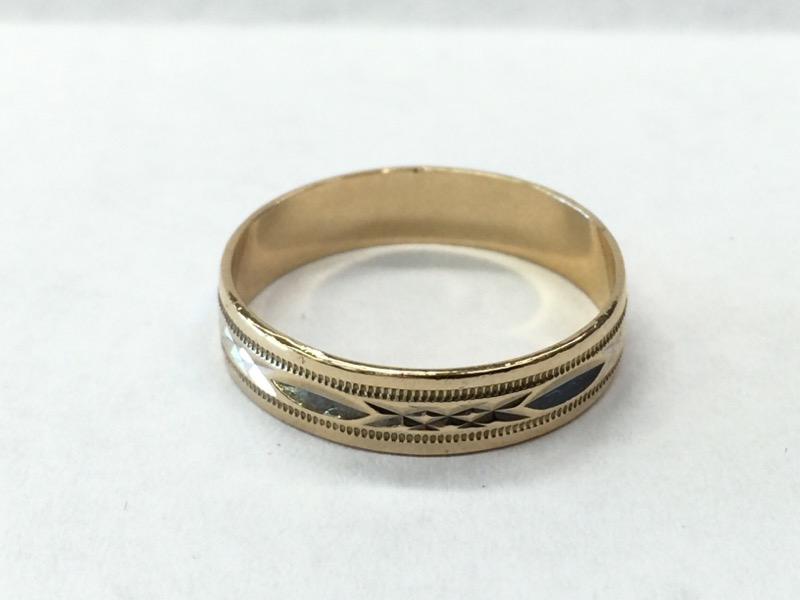 Y/G Gent's Gold Wedding Band 10K Yellow Gold 1.4dwt Size:10